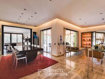 Maison 10 pièces 257 m2