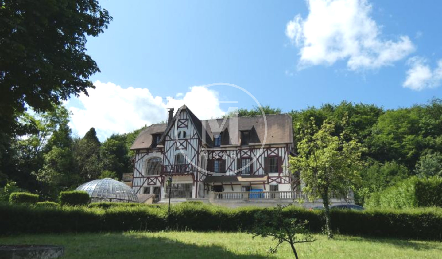 Property with pool Compiegne