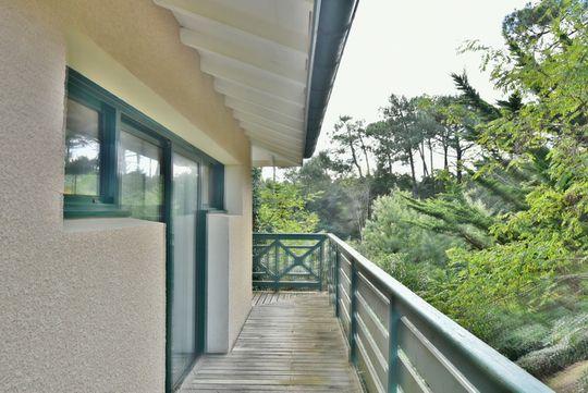 Villa en bord de mer avec jardin