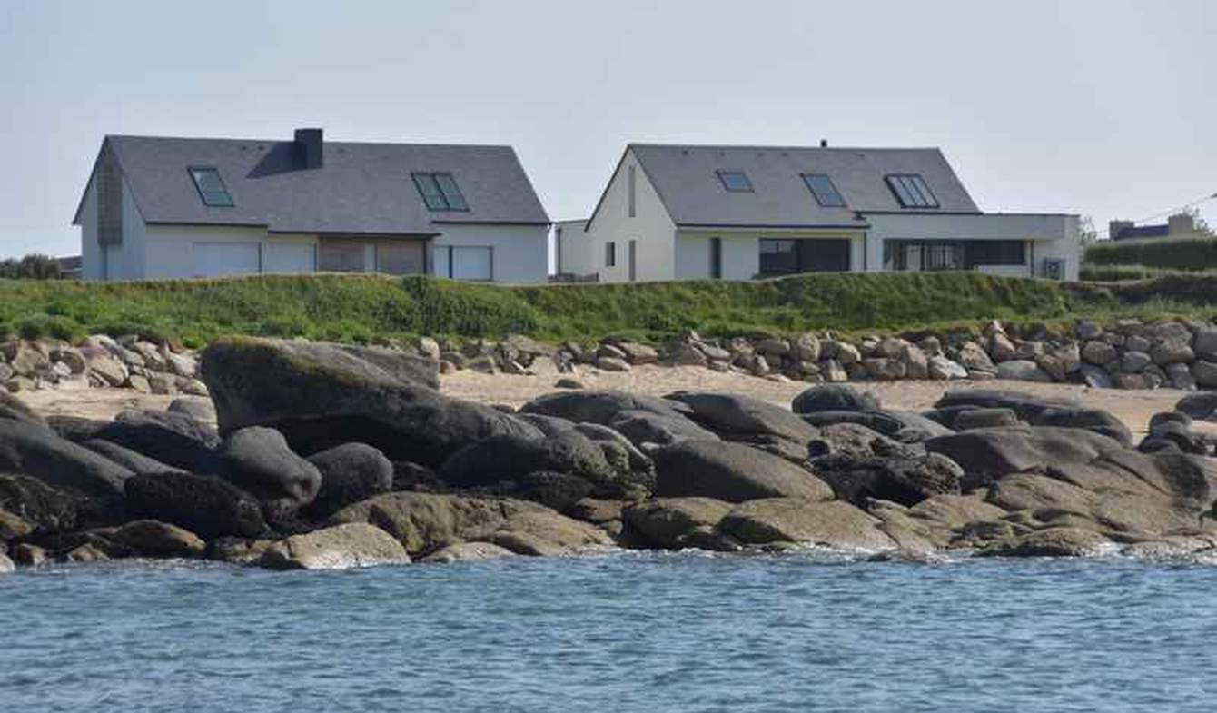 Maison en bord de mer avec jardin Plouescat