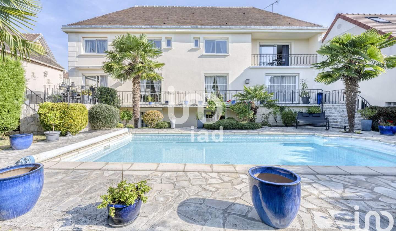 Maison avec piscine Plailly
