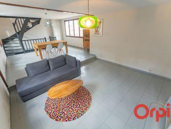 maison à Saint-Julien-en-Genevois (74)
