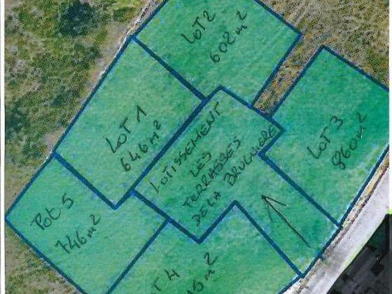 Vente terrain à bâtir 915 m2