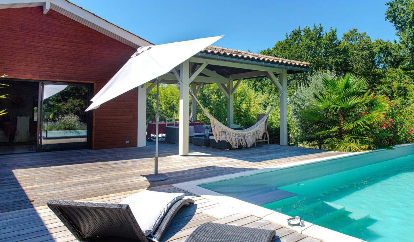 House with pool and terrace Bouliac