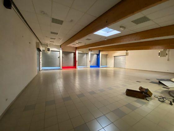 Vente divers 500 m2