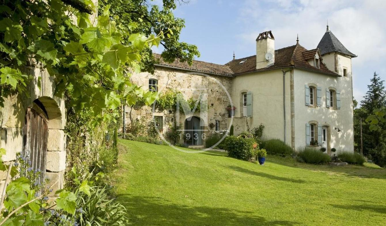 Maison avec piscine et terrasse Figeac