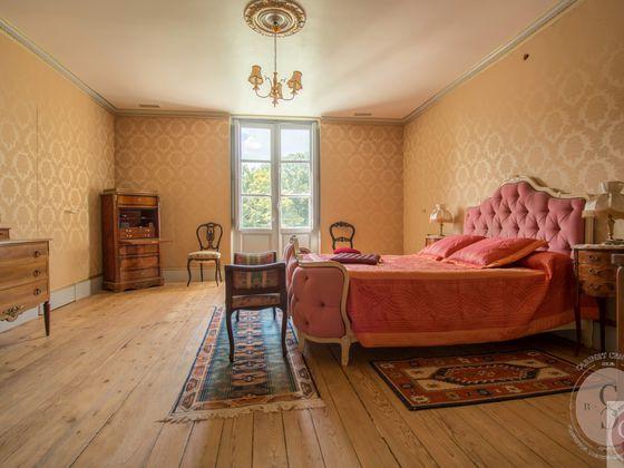Vente château 10 pièces 280 m2