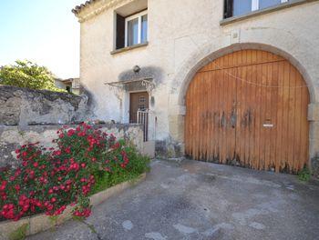 maison à Saint-Hilaire-d'Ozilhan (30)