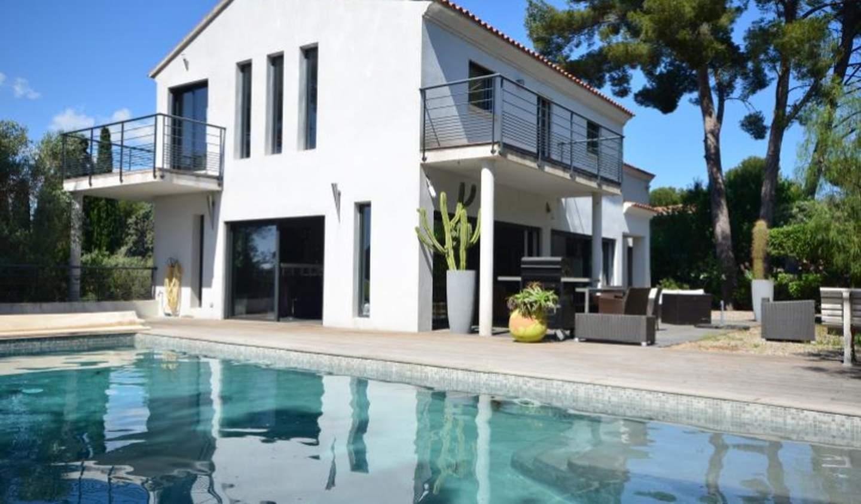 Villa avec piscine et terrasse Sanary-sur-Mer