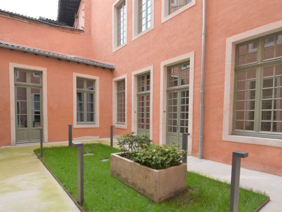 Location appartement 3 pièces 69,71 m2