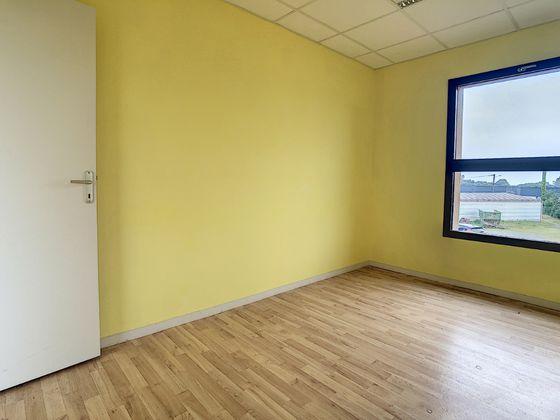 Vente divers 20 pièces 300 m2