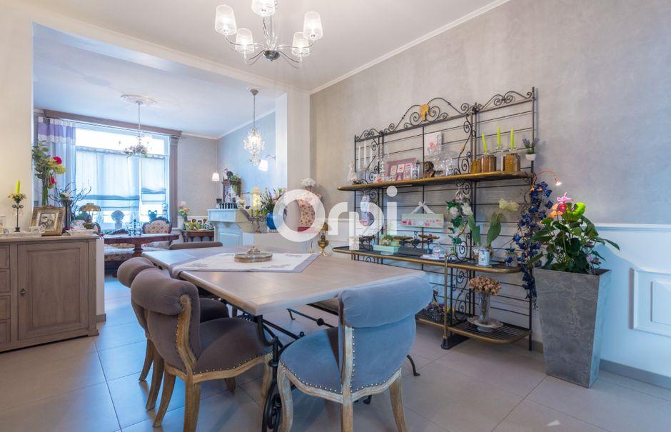 Vente maison 10 pièces 280 m² à Sin-le-Noble (59450), 486 490 €