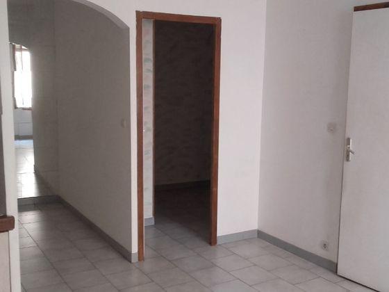 Location appartement 2 pièces 29,21 m2