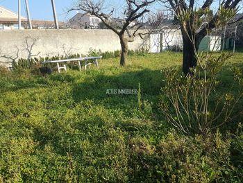 terrain à Salon-de-Provence (13)