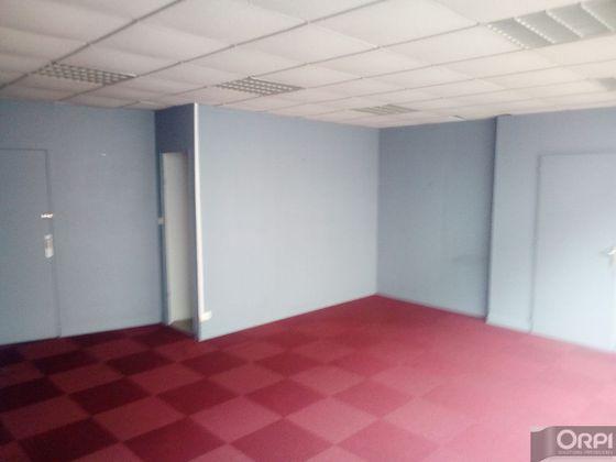 Location divers 1 pièce 35 m2