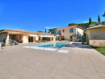 Villa 9 pièces 330 m2