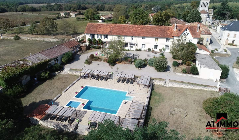 Maison avec piscine et terrasse Passirac