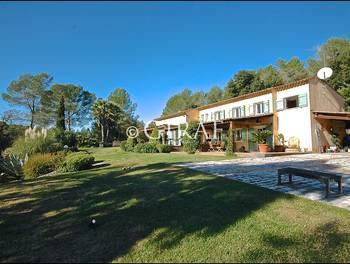 Villa 7 pièces 250 m2