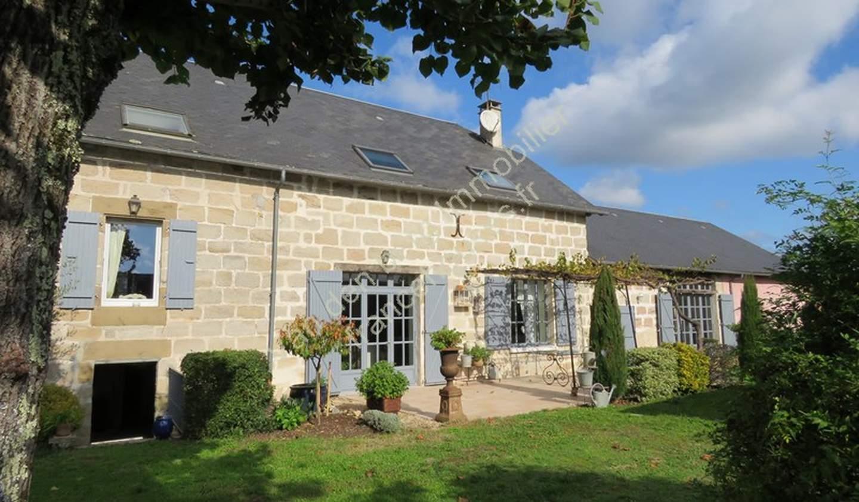 House with garden and terrace Brive-la-Gaillarde