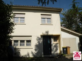 Maison Blaye (33390)