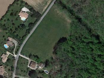 Terrain 1680 m2