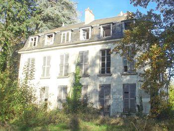 château à Neuvy-sur-Loire (58)