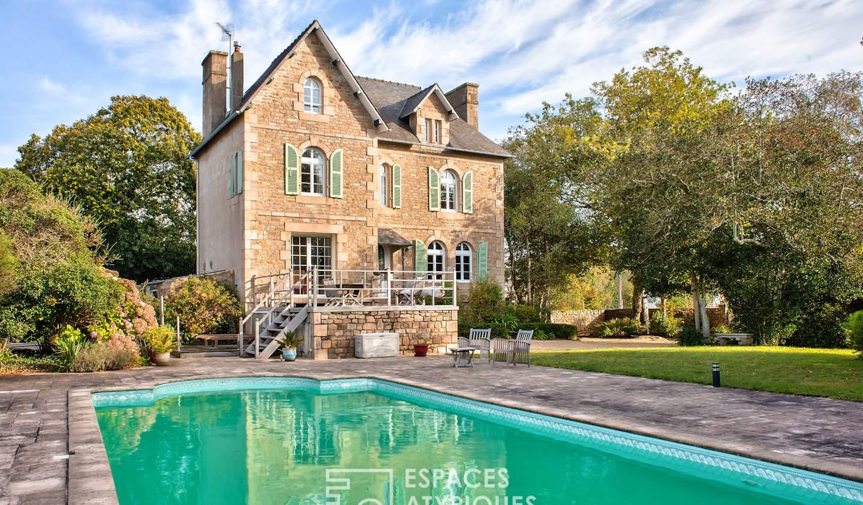 Maison avec piscine et terrasse Trebeurden