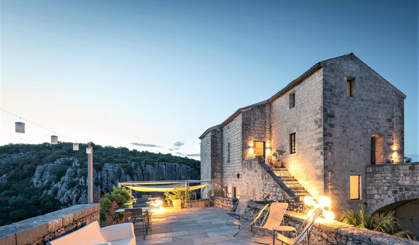 Maison avec piscine et terrasse Balazuc