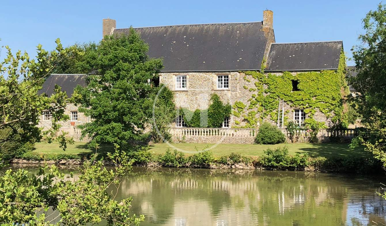 House with pool and terrace Bayeux