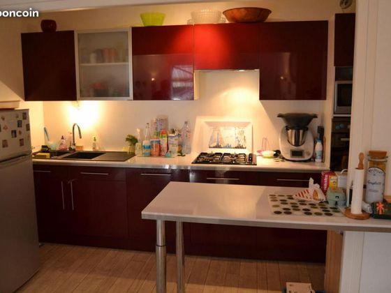 Location maison 6 pièces 140 m2