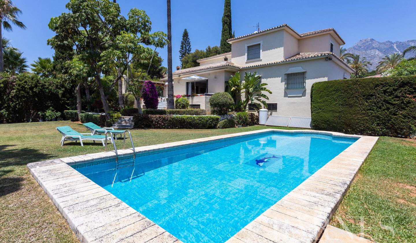 Villa with pool and terrace Marbella