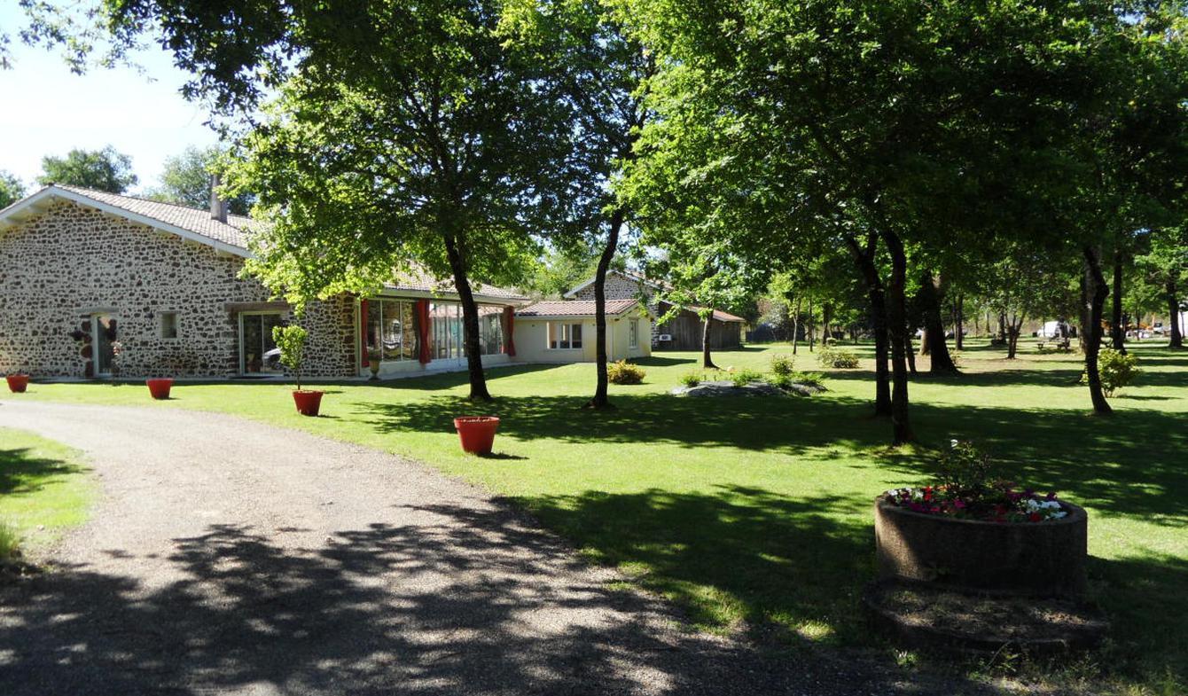 Maison avec piscine Saugnacq-et-Muret