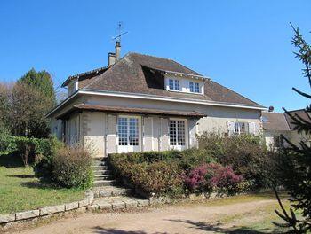 villa à Châteauneuf-la-Forêt (87)