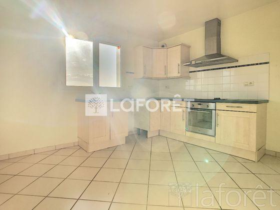 Location maison 7 pièces 151,75 m2