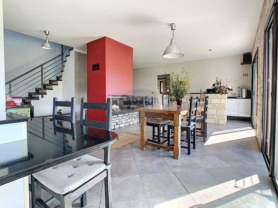 Vente maison 10 pièces 143 m2
