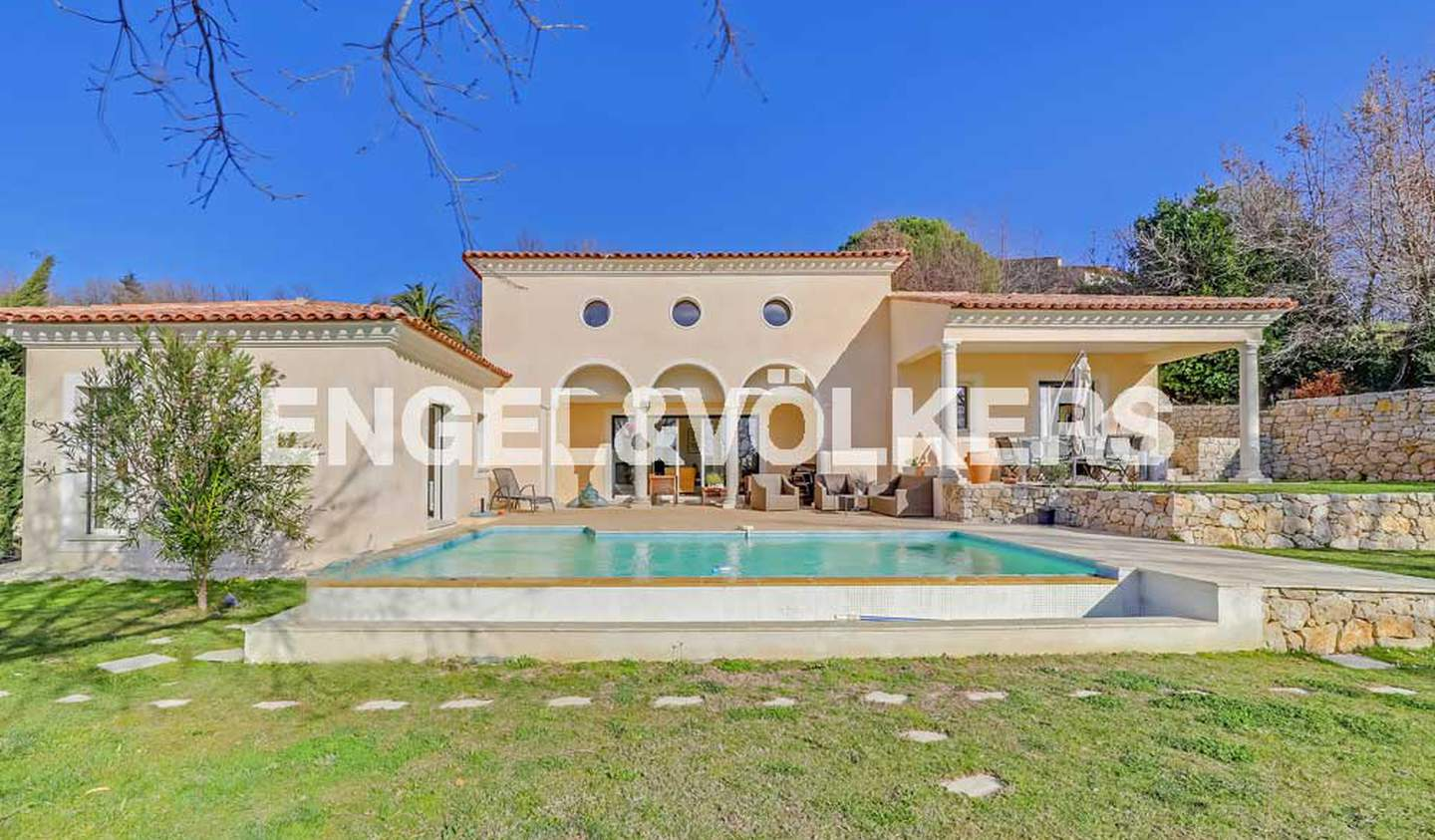 House with pool and terrace Châteauneuf-Grasse