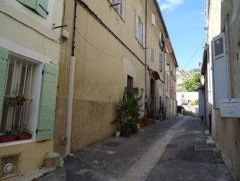 studio à Roquevaire (13)