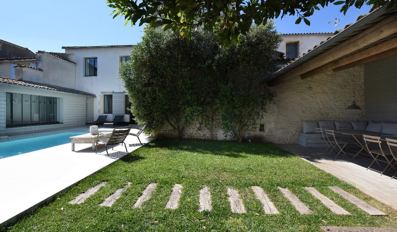 Maison avec piscine et jardin Le bois-plage-en-re