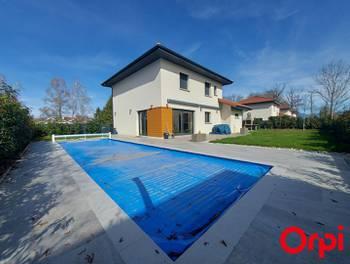 Maison 6 pièces 139 m2
