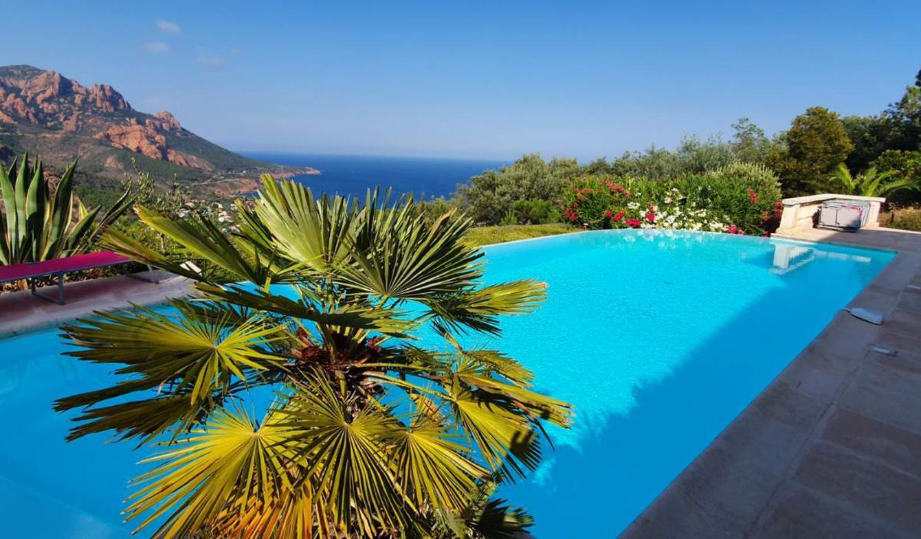 Villa with pool and terrace Saint-raphael