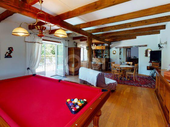 Vente maison 12 pièces 407 m2