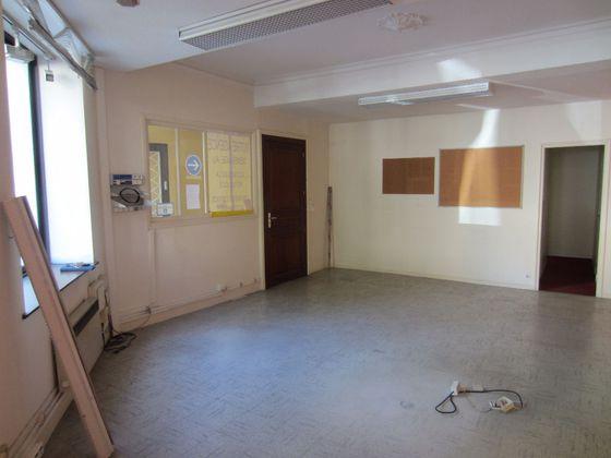 Location divers 5 pièces 101,01 m2