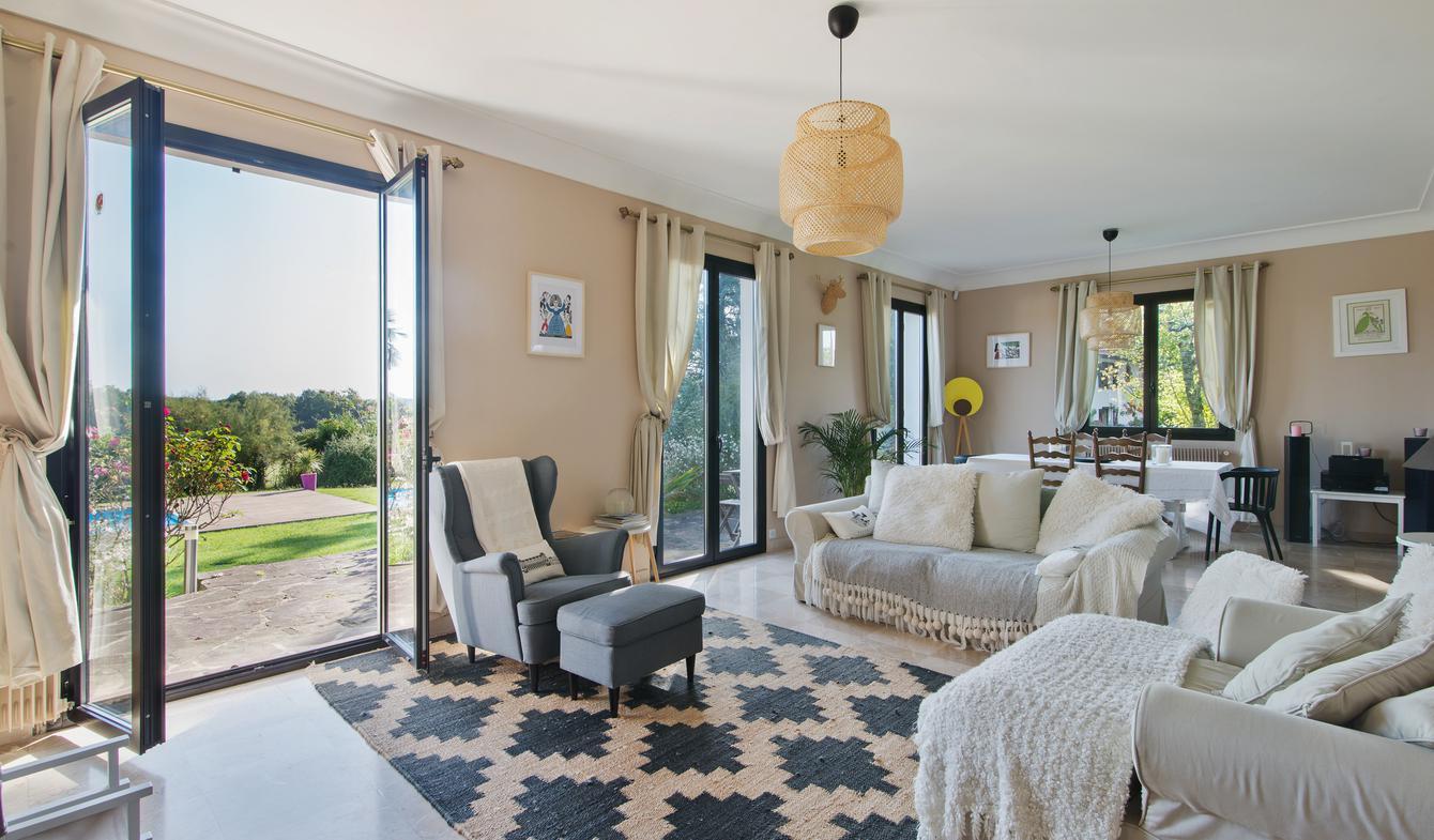 Maison avec piscine et terrasse Larressore
