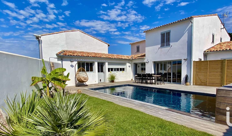Maison avec piscine et terrasse Rivedoux-Plage