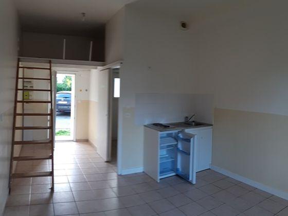 Location studio 22,46 m2