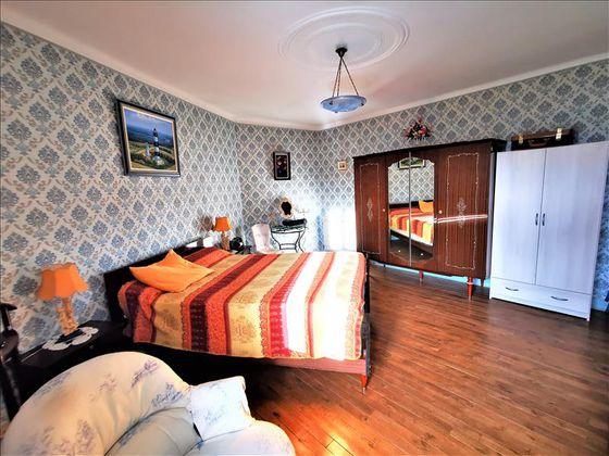 Vente maison 8 pièces 179 m2
