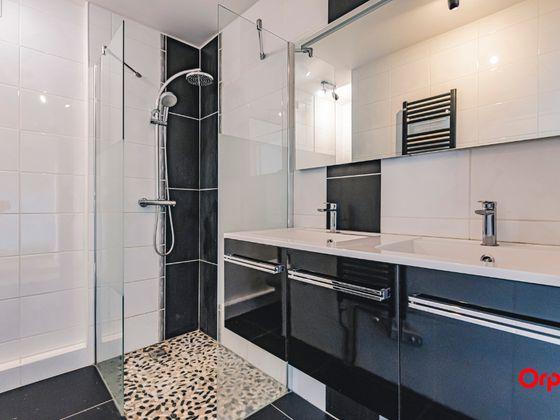 Location maison 9 pièces 187,72 m2