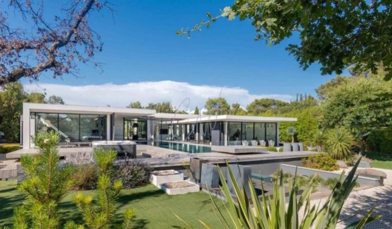 Villa avec piscine et terrasse Brignoles