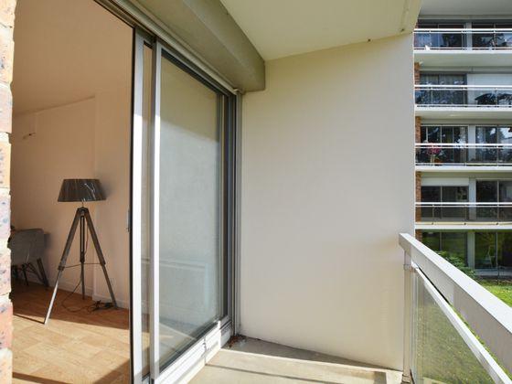 Location studio meublé 27,55 m2
