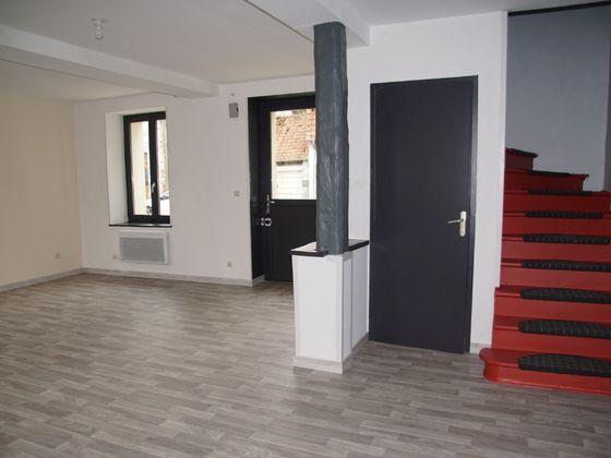 Location maison 6 pièces 96 m2